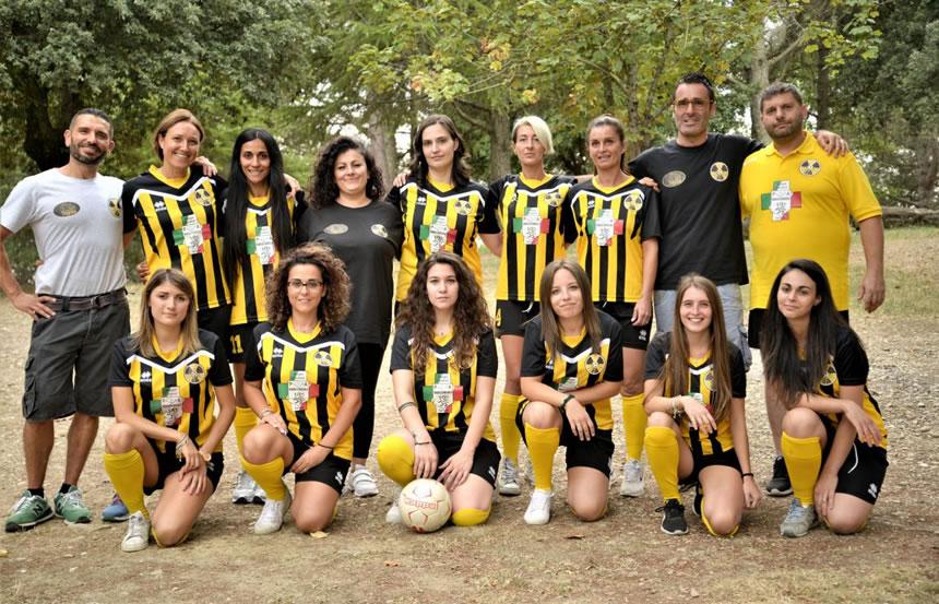 Radicondoli, La Squadra di Calcio Femminile Si Presenta - Valdelsa.net