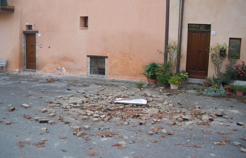 Terremoto, scosse nella notte nel centro Italia fino a 3.2