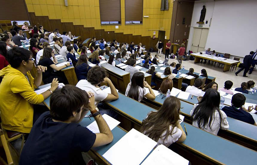 Calendario Didattico Unisi.Siena Universita Giovani Studenti Scuola Valdelsa Net